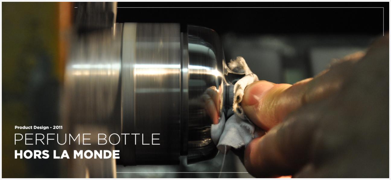 Perfume bottle – Hors la monde